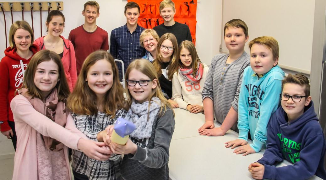 """Unsere Teilnehmer am Wettbewerb """"Jugend forscht"""" 2016"""